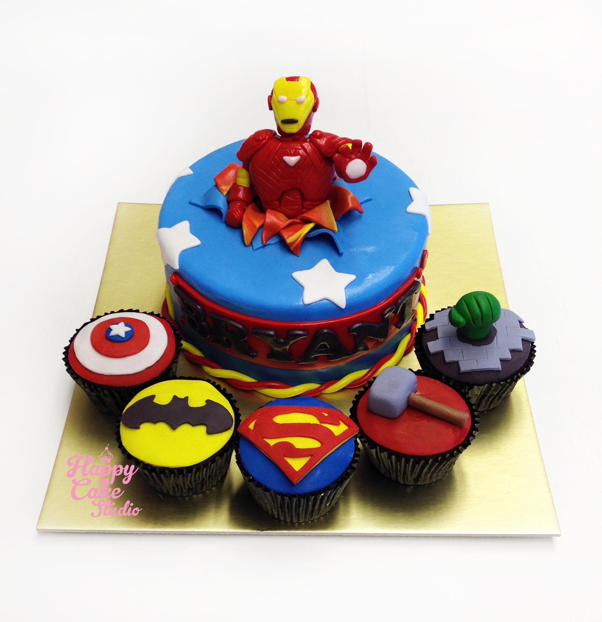 12 Iron Man And Batman Birthday Cakes Photo Batman And Iron Man