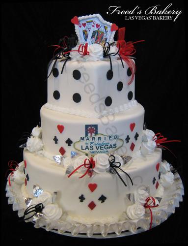 9 Vegas Wedding Cakes Photo Las Vegas Themed Wedding Cake Las