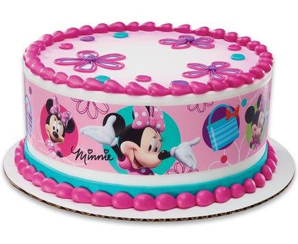 Minnie Mouse Bowtique Cake