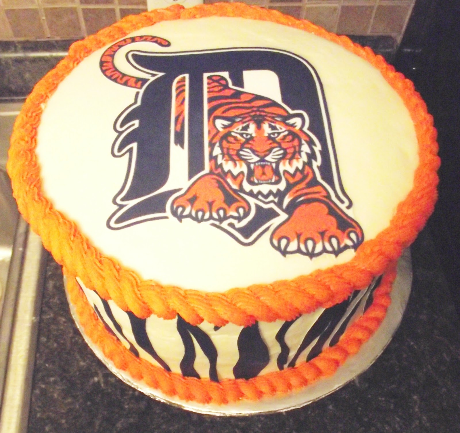 Strange 11 Two Layer Detroit Tiger Cakes Photo Detroit Tigers Birthday Personalised Birthday Cards Paralily Jamesorg