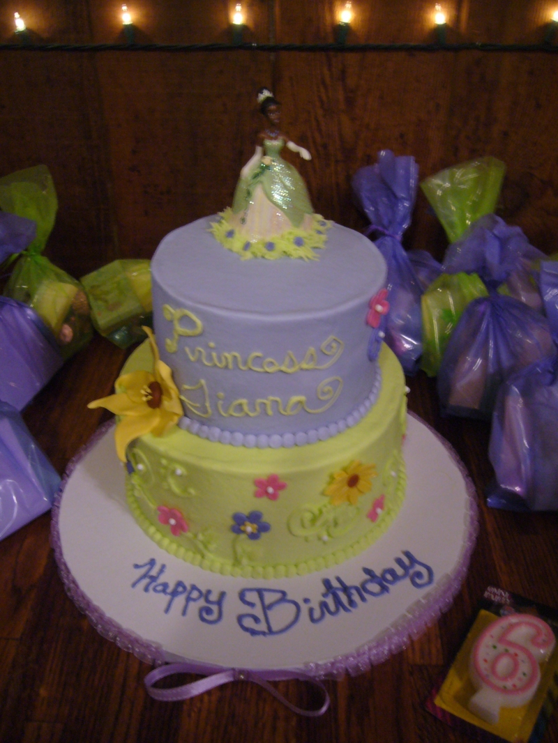 Terrific 10 Easy To Make Disney Princess Tiana Birthday Cakes Photo Funny Birthday Cards Online Aeocydamsfinfo