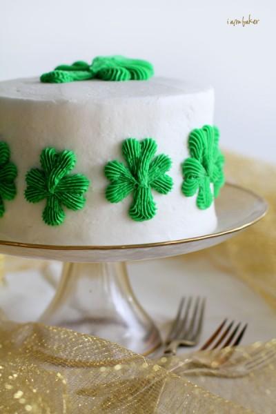 Brilliant 10 Small Shamrock Cakes Photo Shamrock Cake Shamrock Cake And Birthday Cards Printable Trancafe Filternl