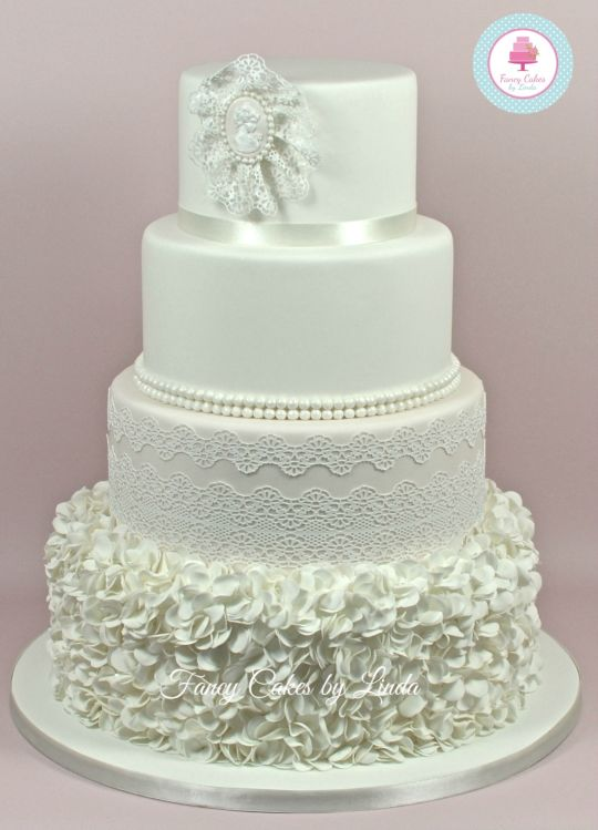 13 Lace And Pearls Wedding Cupcakes Photo - Wedding Cupcakes with ...