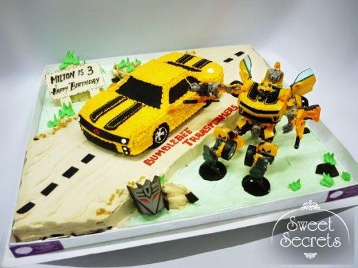 Groovy 8 Fire Transformer Cakes Photo Transformers Birthday Cake Funny Birthday Cards Online Inifofree Goldxyz