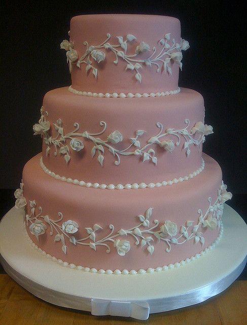 12 Fancy Royal Icing Cakes Photo Piping Royal Icing Wedding Cakes