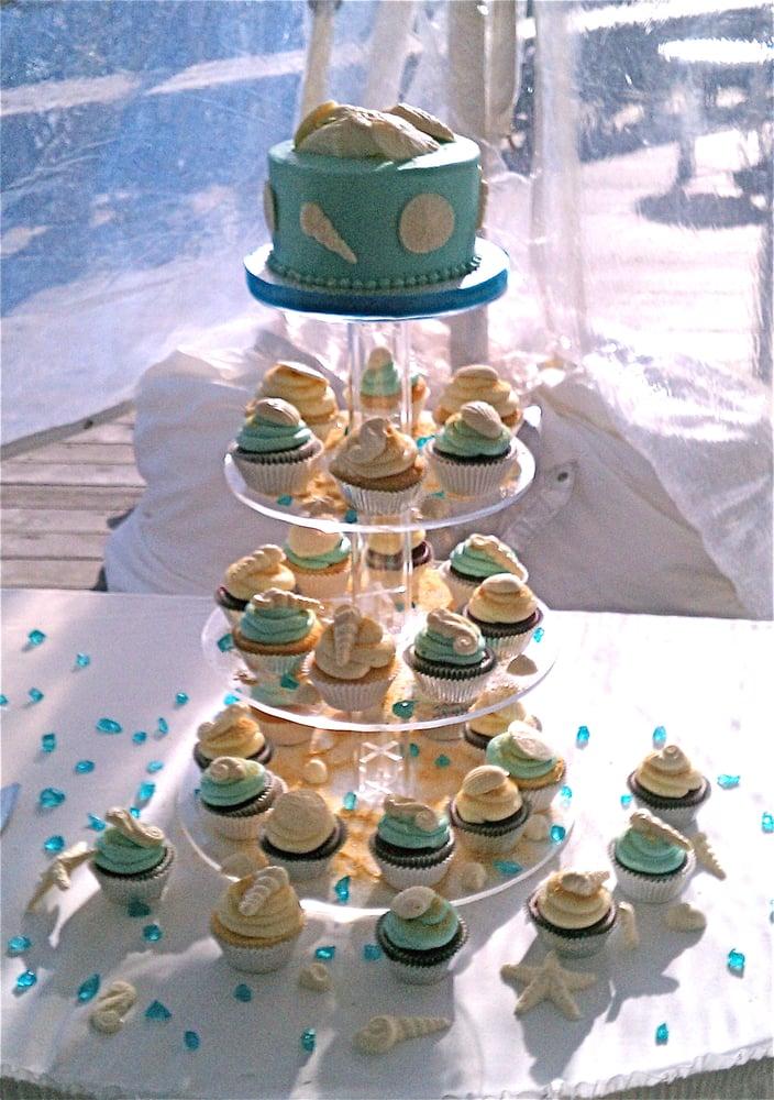 10 Beach Themed Wedding Cake Cupcakes Photo Beach Themed Wedding