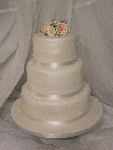 10 Rose Wedding Cakes Classy Photo White Wedding Cake Elegant