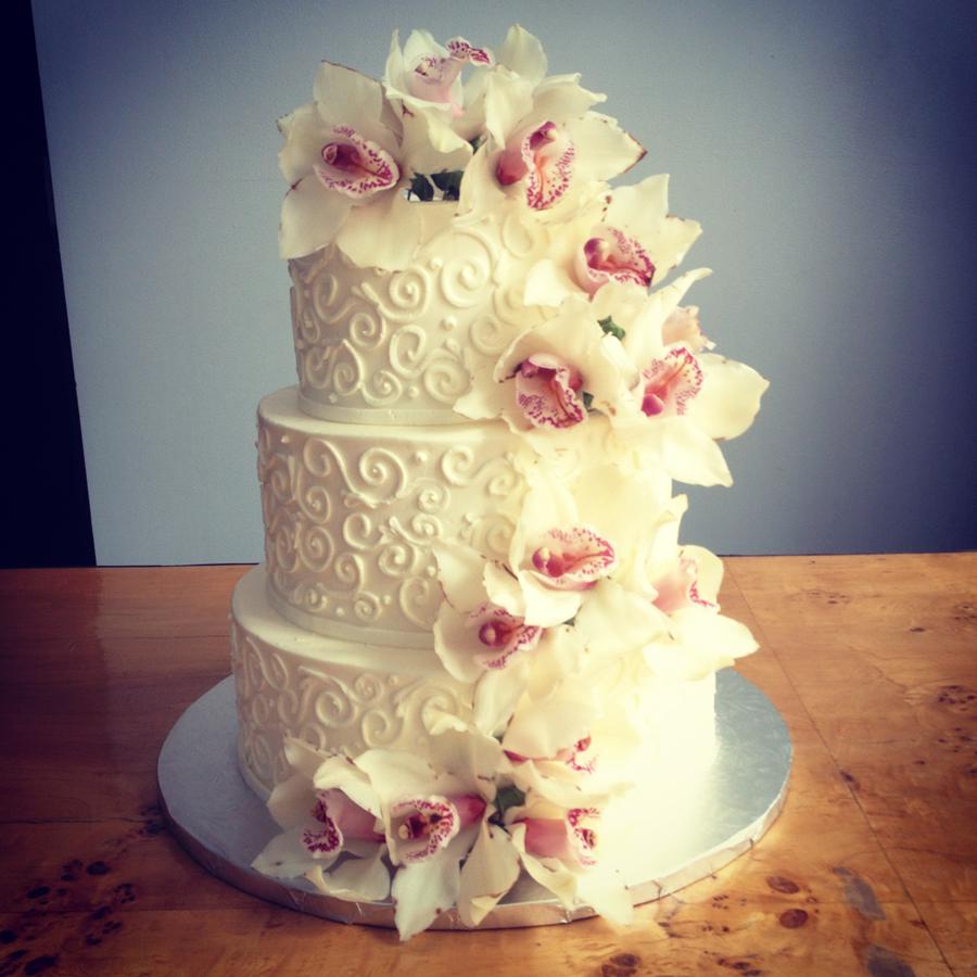 13 Using Fresh Flowers Wedding Cakes Photo - Simple Wedding Cake ...