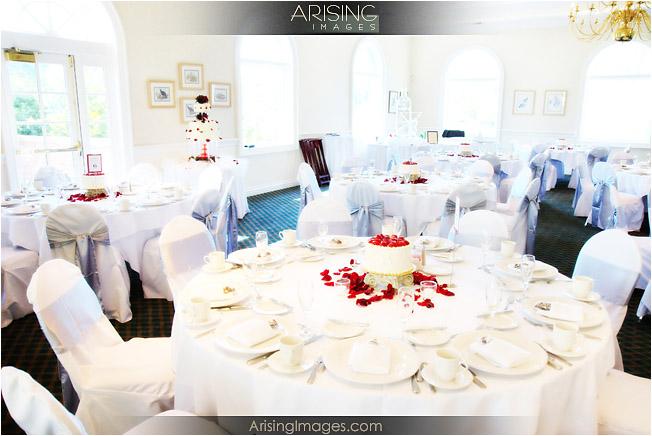 9 Mini Cakes For Centerpieces At Reception Photo Mini Wedding Cake