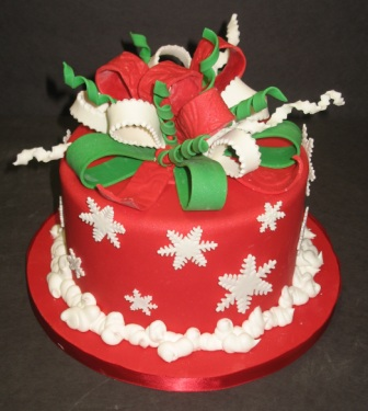 Superb 8 Christmas Birthday Cake And Cupcakes Photo Happy Christmas Funny Birthday Cards Online Eattedamsfinfo