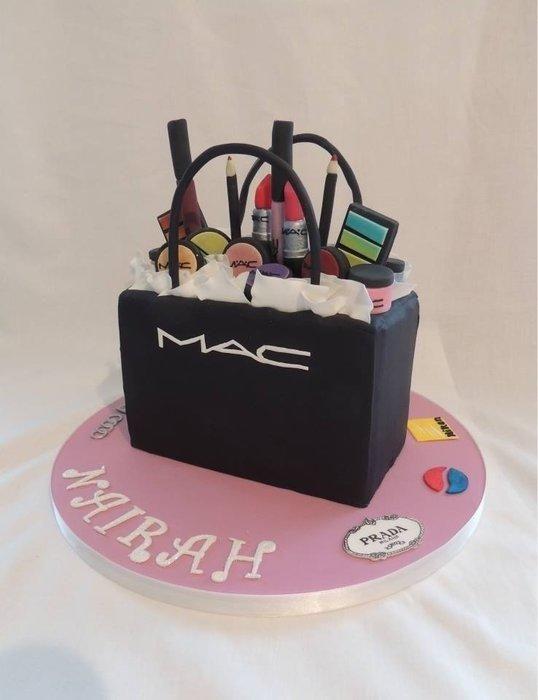 Stupendous 10 Mac Cosmetics Themed Cakes Photo Mac Makeup Theme Birthday Personalised Birthday Cards Sponlily Jamesorg
