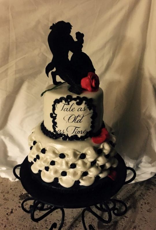 12 Engagements Cakes Beauty And The Beast Photo - Beauty and the ...