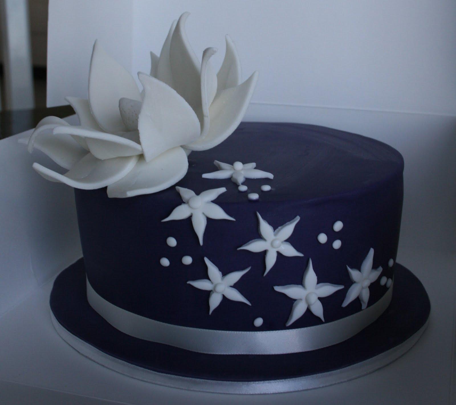Incredible 10 Elegant 30Th Anniversary Cakes Photo Elegant Happy Birthday Funny Birthday Cards Online Overcheapnameinfo