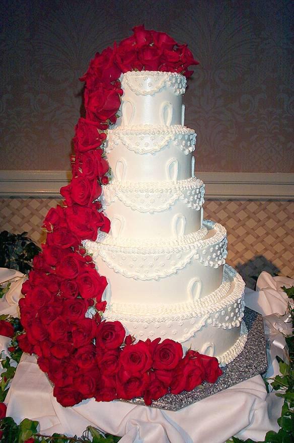 8 Elegant White Wedding Cakes With Waterfalls Photo Wedding Cake