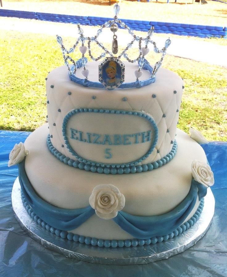 Brilliant 11 Cinderella Themed Birthday Cakes Photo Cinderella Themed Cake Funny Birthday Cards Online Drosicarndamsfinfo