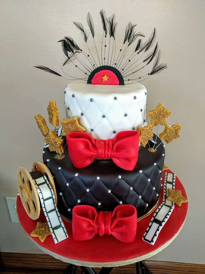 Surprising 7 Hollywood Birthday Cupcakes Photo Hollywood Themed Cakes Funny Birthday Cards Online Elaedamsfinfo