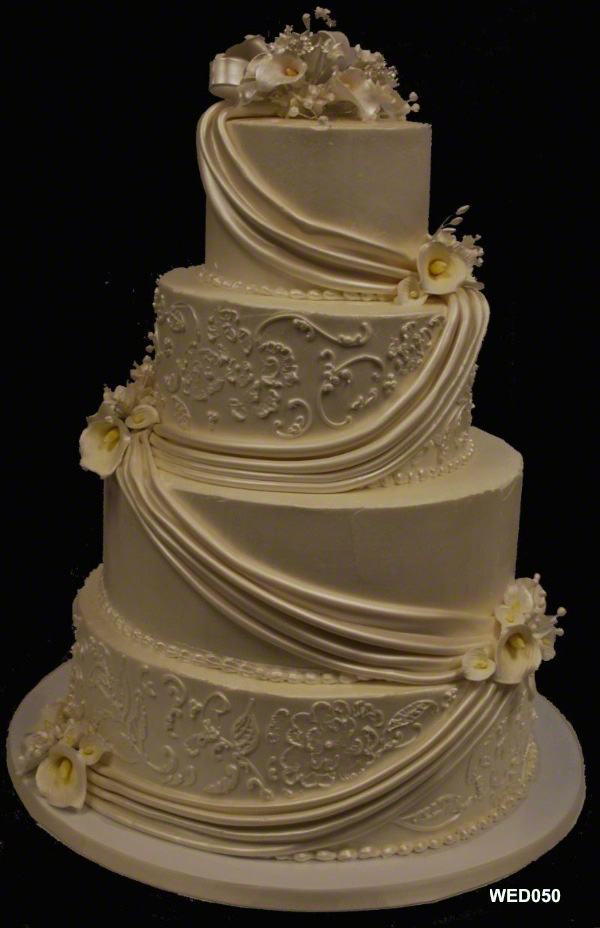 4 Tier Wedding Cake With Flowers