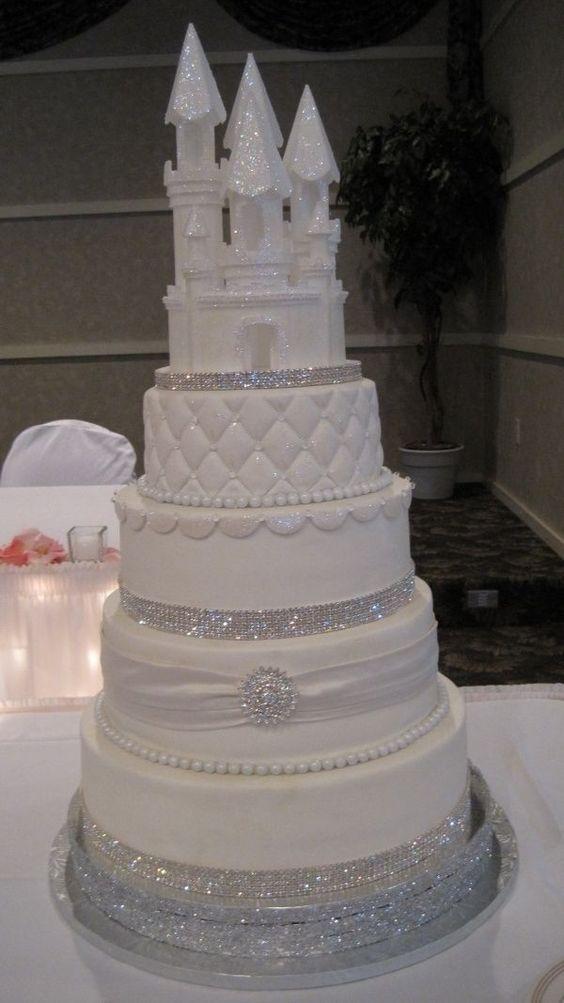 11 Amazing Disney Wedding Cakes Photo Disney Aladdin Cake Disney
