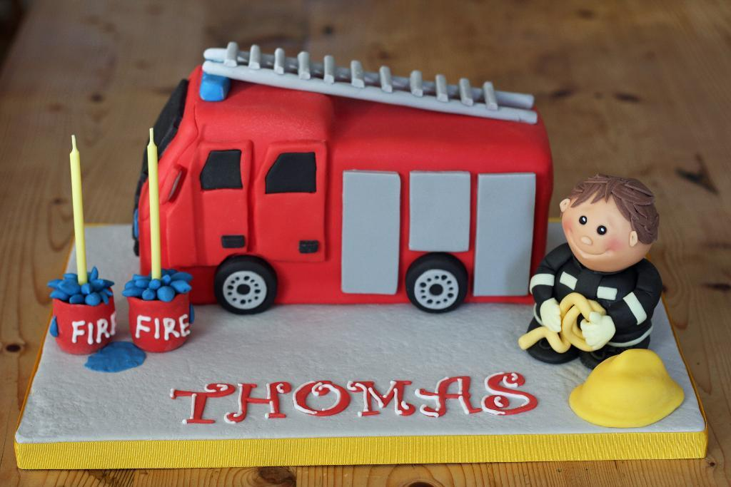 11 Firefighter Engine Cakes Photo Firefighter Cake Fire Engine