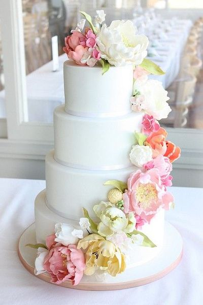 12 Simple Yet Elegant Wedding Cakes Photo Simple Elegant Wedding