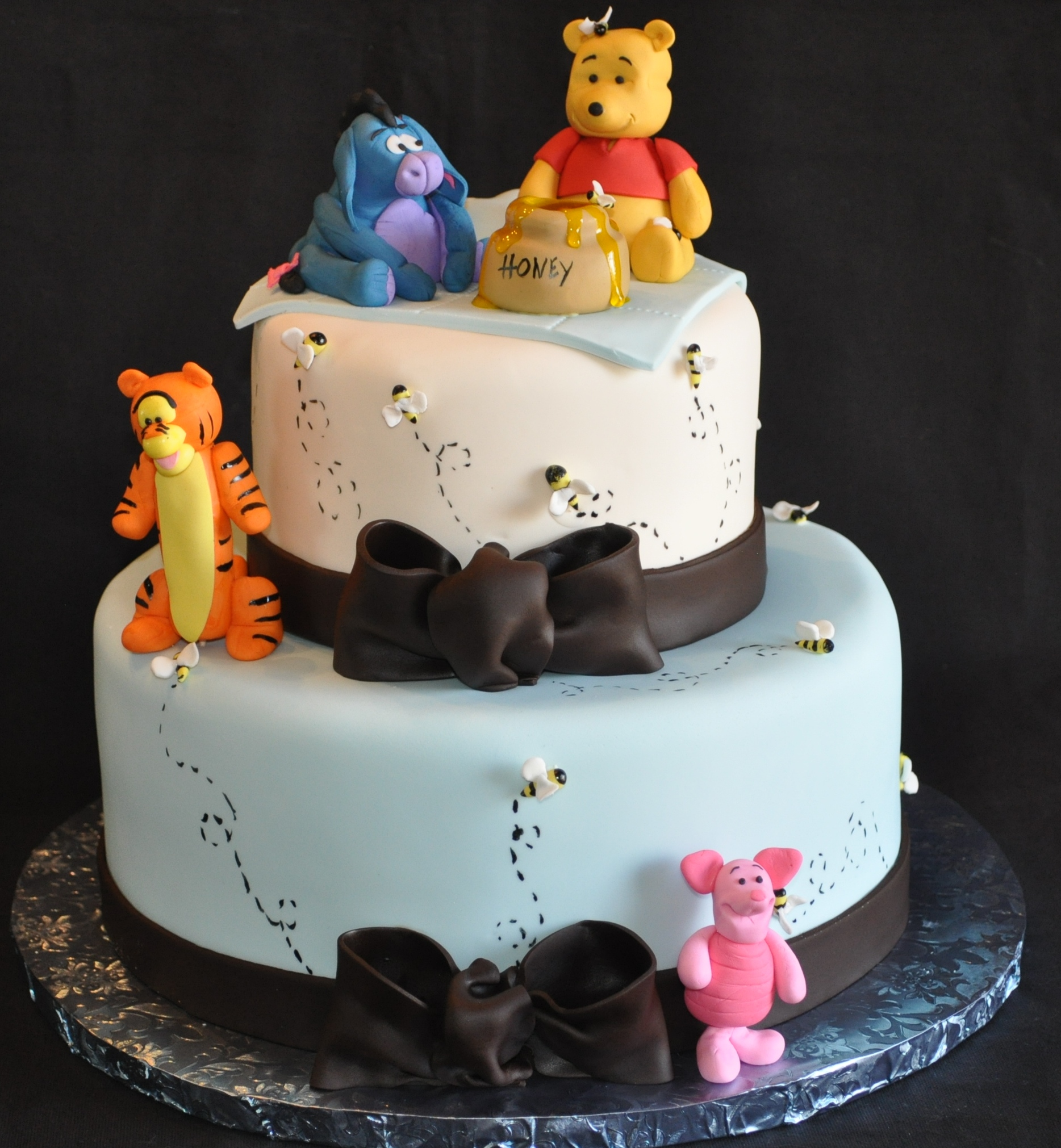 11 Tiger Winnie The Pooh Baby Shower Sheet Cakes For Boys With Photo