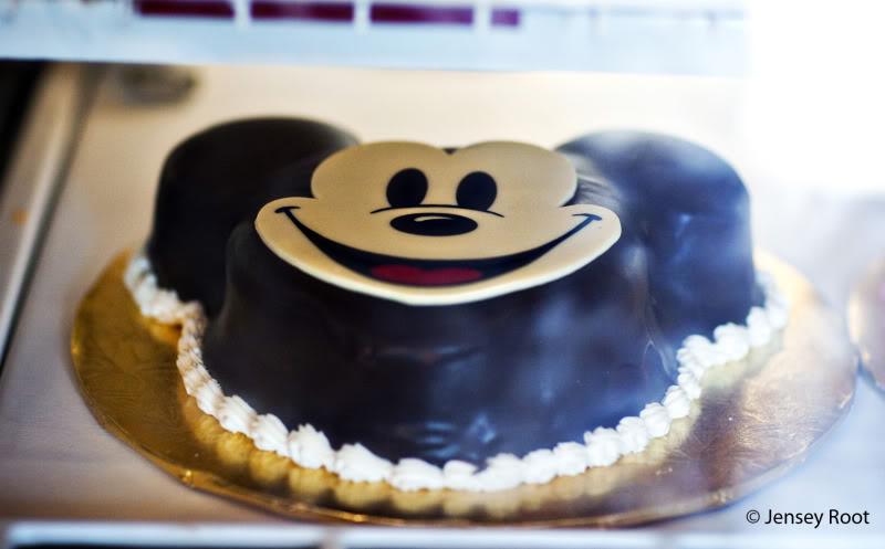 Tremendous 12 Disney World Bakery Cakes Photo Walt Disney World Mickey Birthday Cards Printable Benkemecafe Filternl