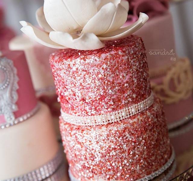 We Heart It Cake