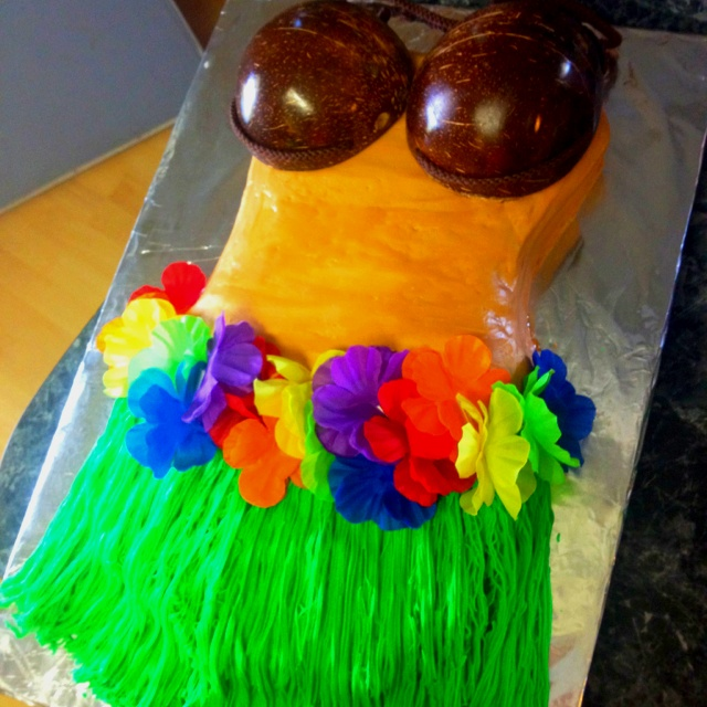 hawaiian themed bridal shower cake