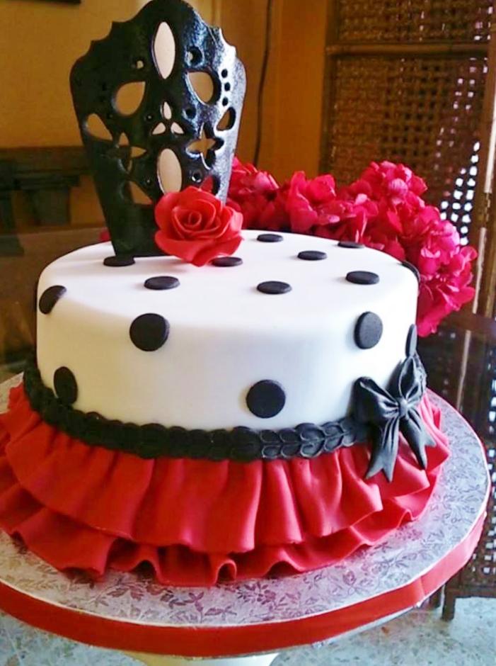 Stupendous 7 Spanish Birthday Cakes With Fruits Filling Photo Spanish Funny Birthday Cards Online Inifodamsfinfo