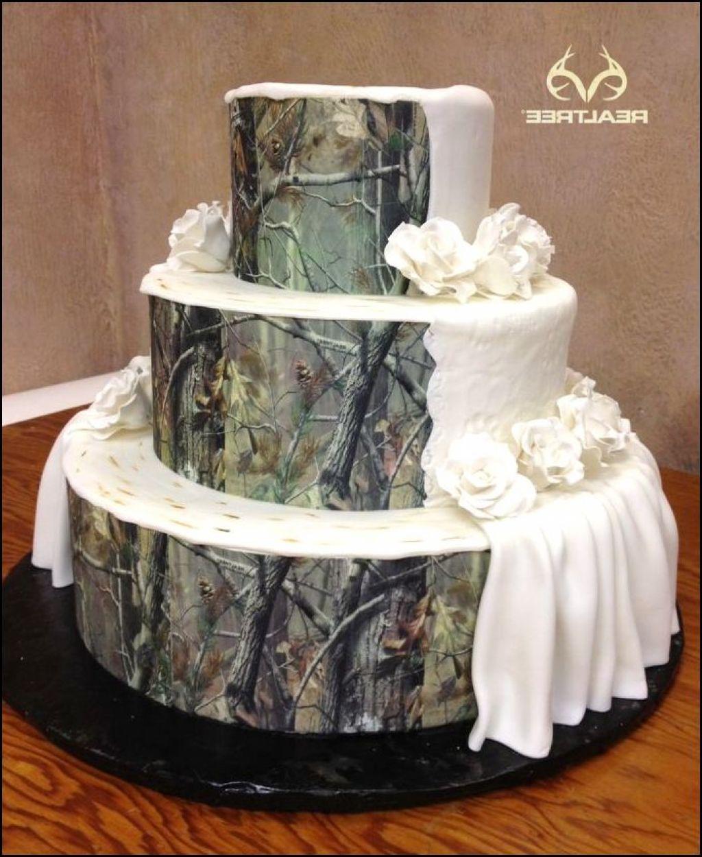 Elegant Camo Wedding Ideas: 12 Elegant Camo Groom's Cakes Photo