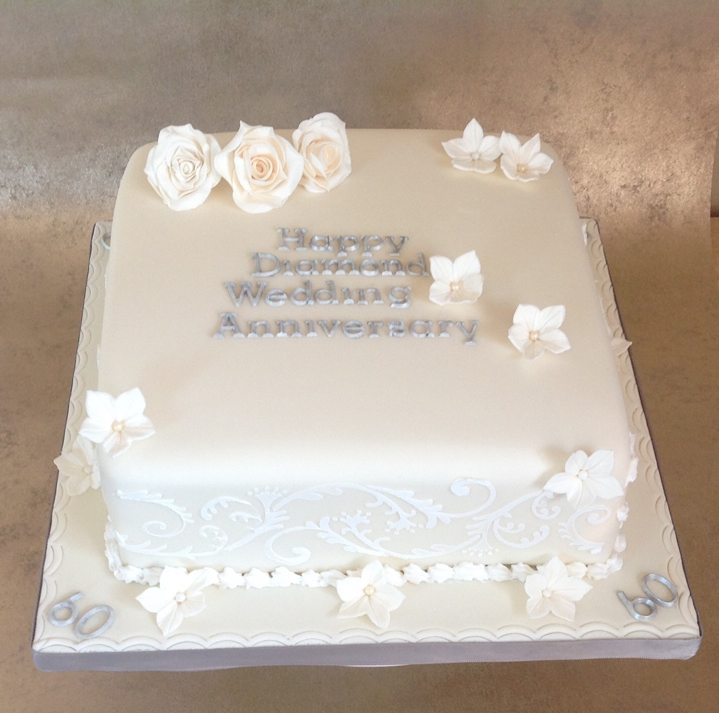 13 Diamond Anniversary Cakes Designs Idea Photo - 60th Diamond ...