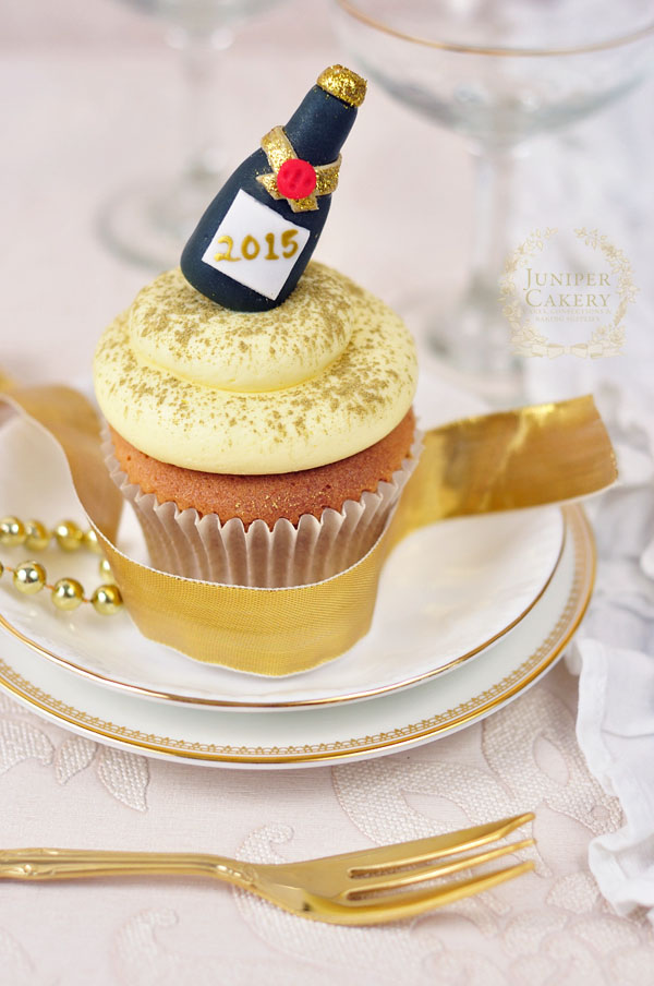 simple cake decorating ideas with fondant.htm 11 fondant champagne bottle decorations for cupcakes photo  11 fondant champagne bottle decorations