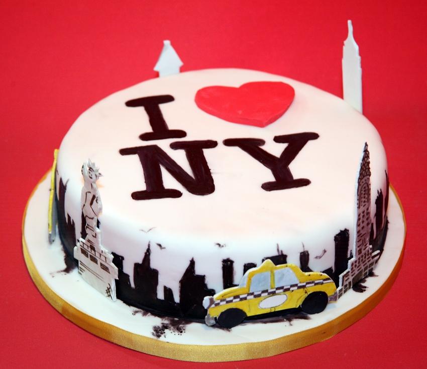 Sensational 7 Birthday Cakes Nyc Photo New York Birthday Cake New York Funny Birthday Cards Online Sheoxdamsfinfo