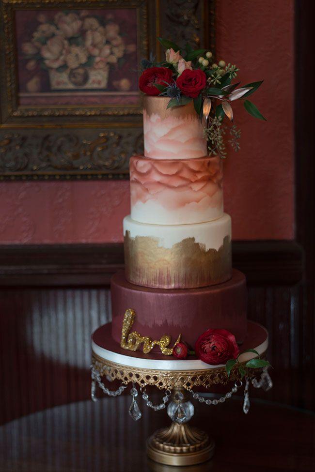 13 Wedding Cakes With Burgundy Photo Burgundy Wedding Cake