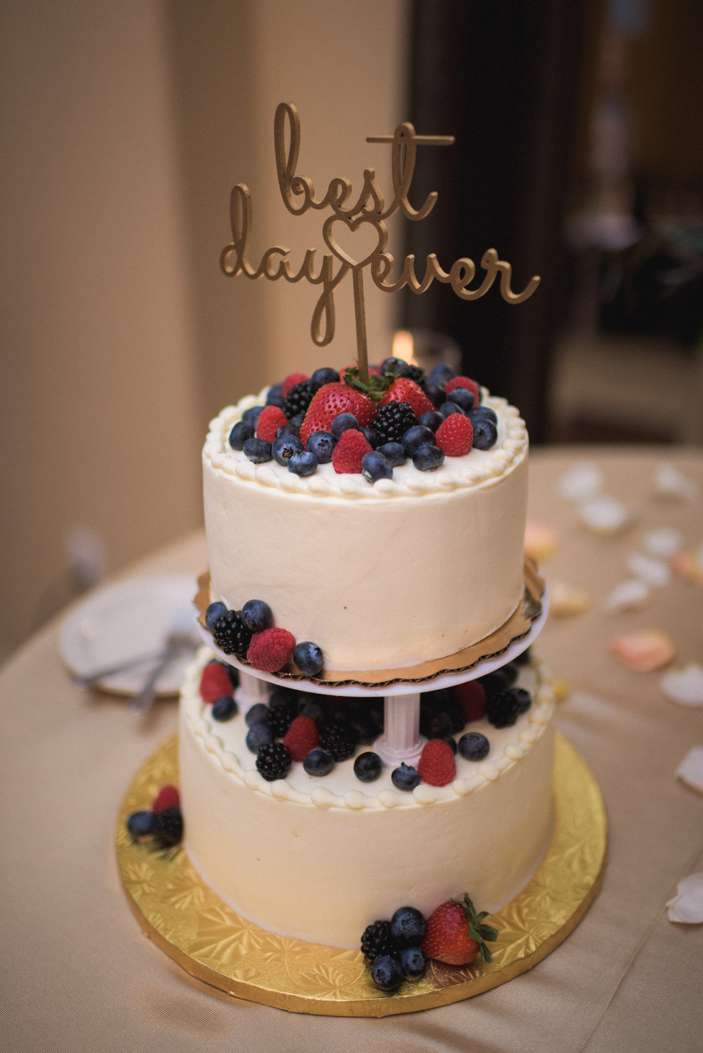whole food berry chantilly cake