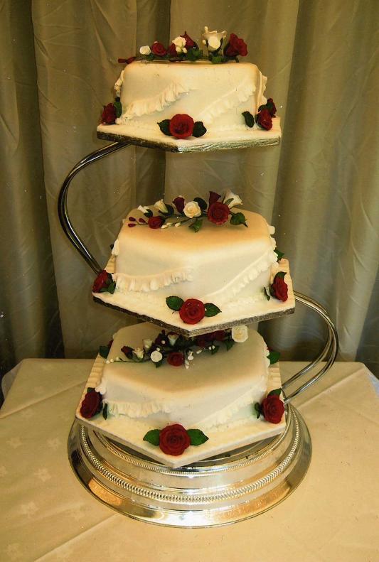 8 3 Tier Birthday Cakes On Stands Photo - Three Tier Wedding Cake ...