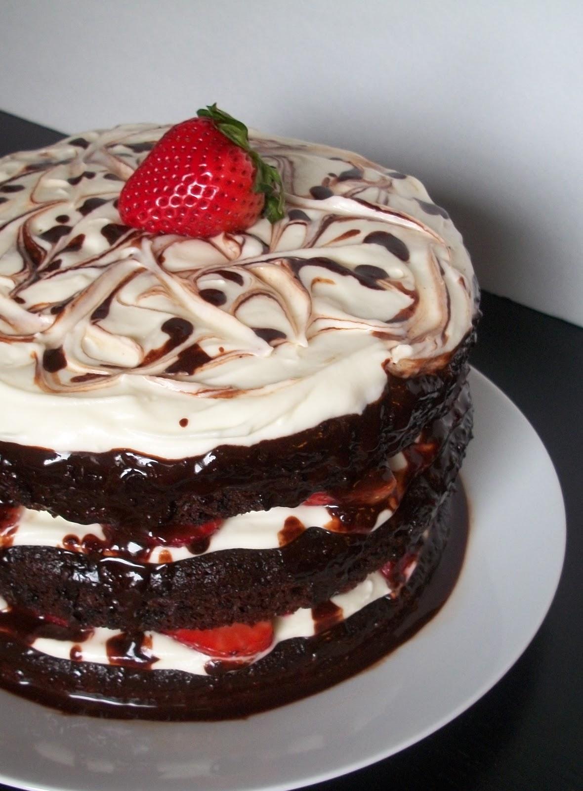 11 Homemade Birthday Cakes For Moms Photo