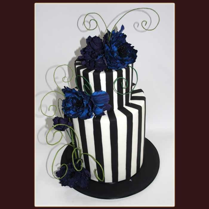10 Tim Burton Themed Wedding Cakes Photo Tim Burton Inspired