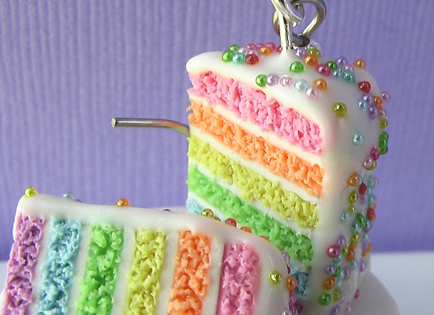 5 Happy Birthday Cakes That Glimmer Photo Happy Birthday Pink