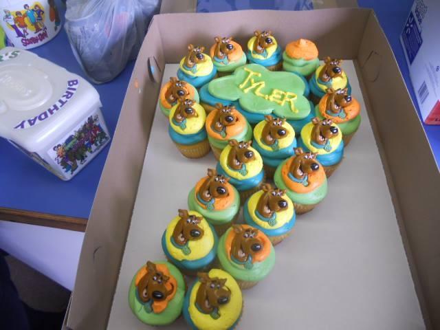 11 Easy Scooby Doo Cupcakes Photo