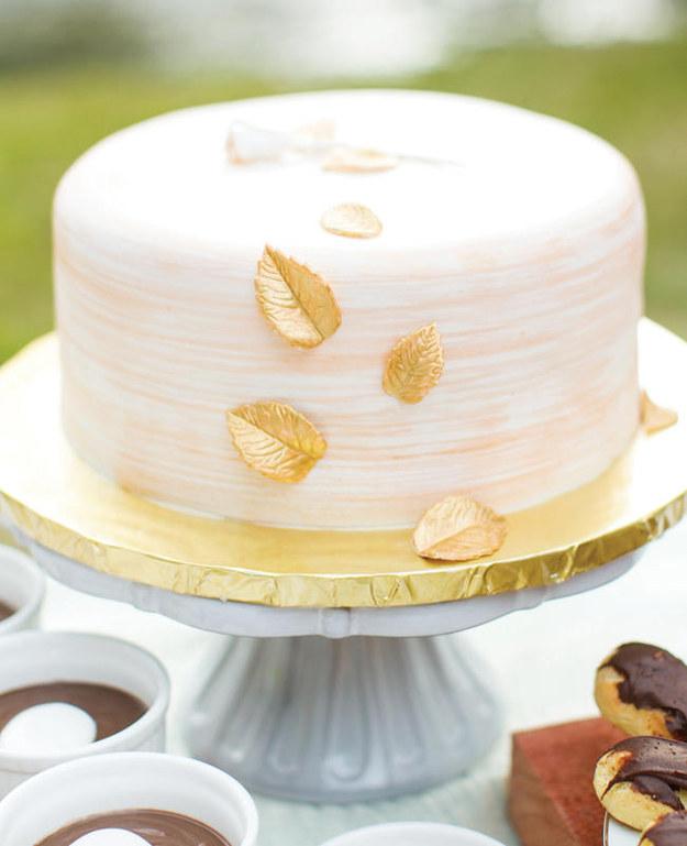 12 Simple Round Wedding Cakes 1 Layer Photo - Simple Single Layer ...