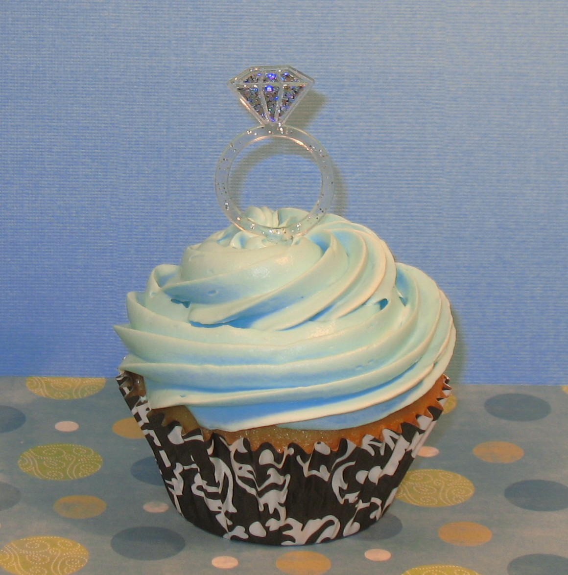Diamond Ring Cupcake Toppers: Wedding Ring Cupcake Picks At Websimilar.org