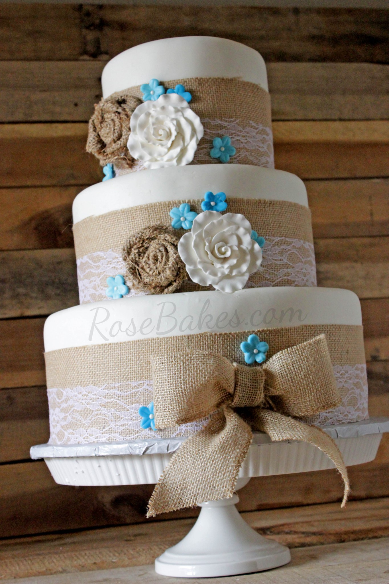 11 Burlap Wedding Cakes With Country Style Photo Rustic Wedding