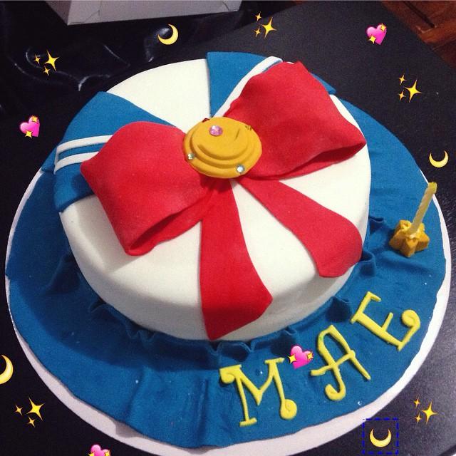 8 Sailor Moon Sheet Cakes Photo Sailor Moon Cake Sailor Moon