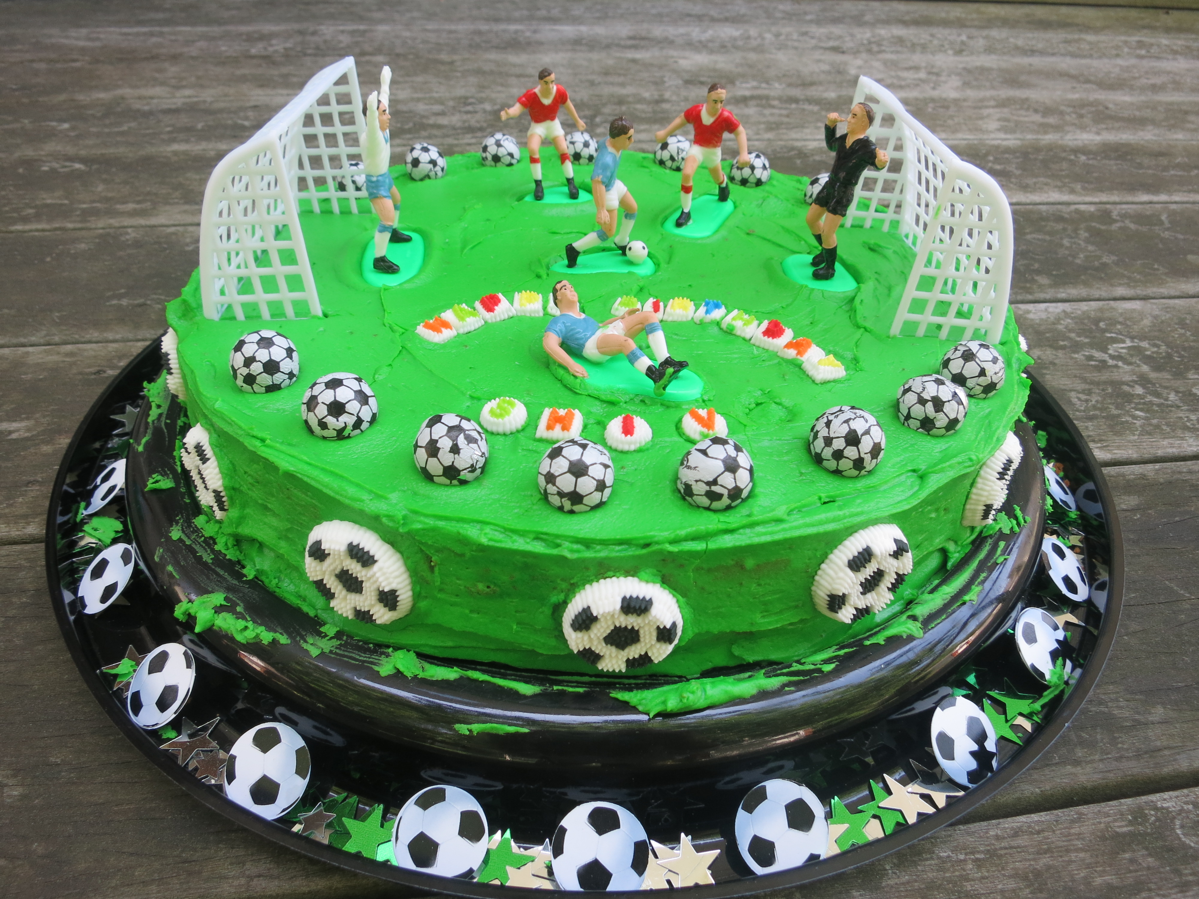 Swell 6 Football Players With Birthday Cakes Photo Soccer Birthday Personalised Birthday Cards Paralily Jamesorg