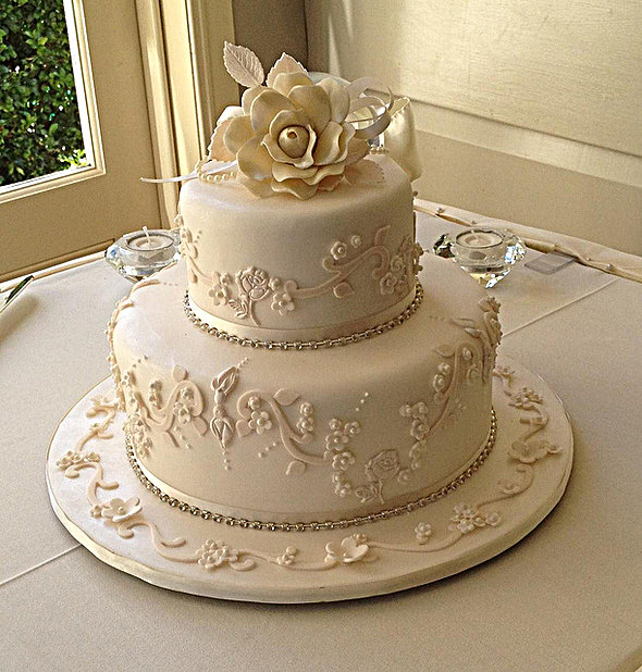 12 Small Two Layer Wedding Cakes Photo - 2 Tier Wedding Cake Ideas ...