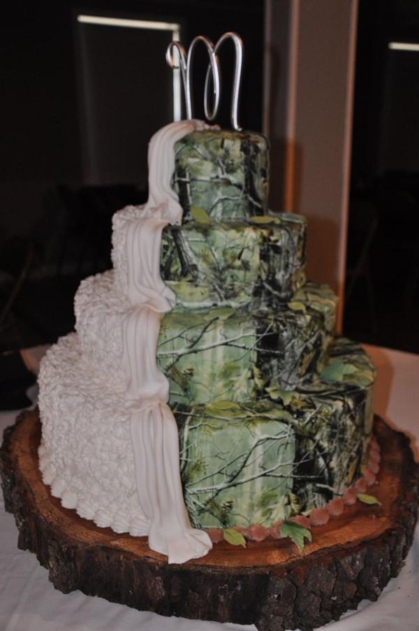 13 Half Camouflage Wedding Cakes Photo Camo Wedding Cake Camo