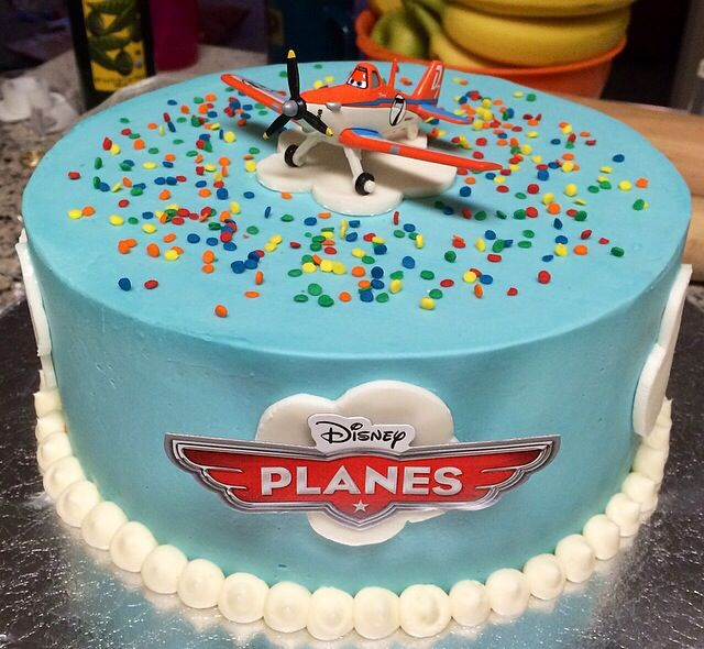 Stupendous 6 Toy Airplane Cupcakes Photo Dusty Crophopper Birthday Cake Birthday Cards Printable Trancafe Filternl