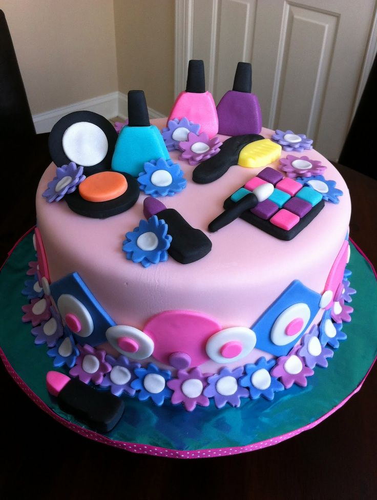 9 Cosmetic Theme Birthday Cakes For Girls Photo , 3D