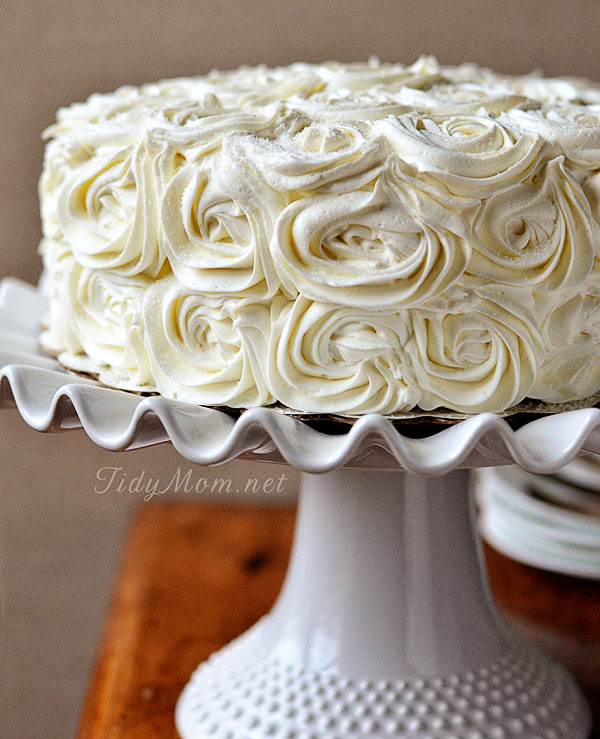 9 One Layer Cakes Decorated With Roses Photo Spring Cake